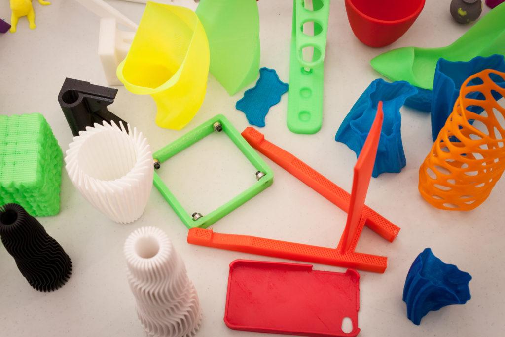3D printing color pieces pict